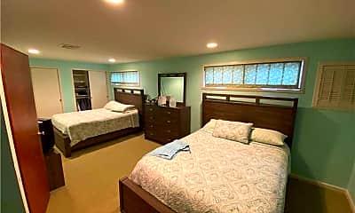 Bedroom, 71 Garden City Ave, 1