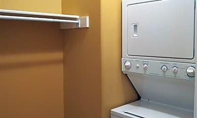 Bathroom, 65 W Pontotoc Ave 102, 2