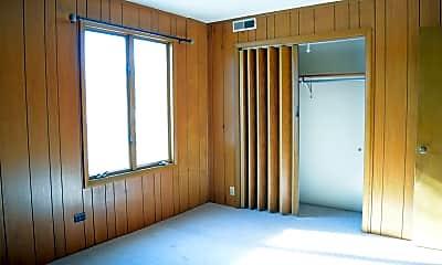 Bedroom, 611 W Church St, 1