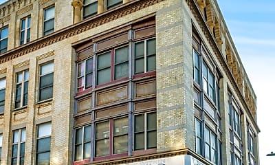 Building, 1013 Broadway 1, 1