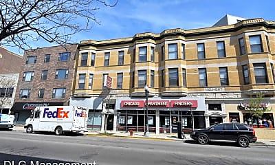 Building, 900 W Belmont Ave, 0