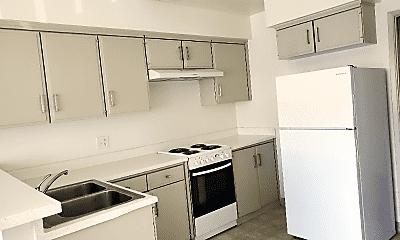 Kitchen, 24431 Hawthorne Blvd, 1