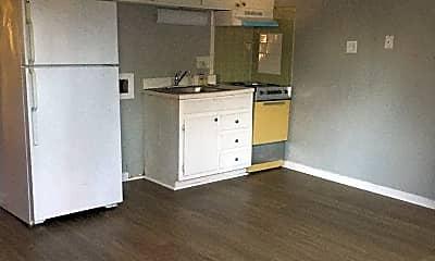Kitchen, 716 Cumberland St, 1