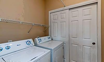 Bathroom, 1835 SW White Birch Cir, 2