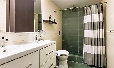 Bathroom, 519 Putnam Ave, 2