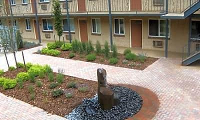 Courtyard at Cherry Creek, 0