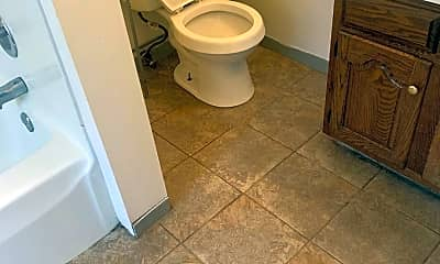 Bathroom, 712 Union St 7, 2