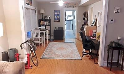 Living Room, 2637 W Iowa St, 0