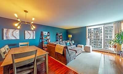 Living Room, 6033 N Sheridan Rd 19J, 1