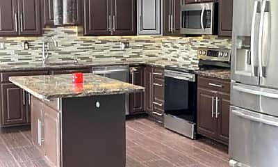 Kitchen, 4020 Taylor Dr, 1