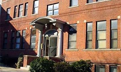The Vernon Street Apartments, 2