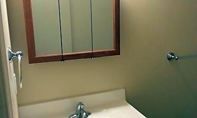Bathroom, 243 Iowa Ave, 2
