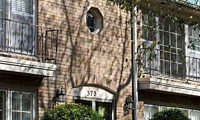 Surrey Hill Apartments, 1