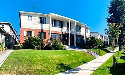 Building, 3862 Potomac Ave, 2