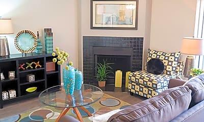 Living Room, Greentree Apartment Homes, 1
