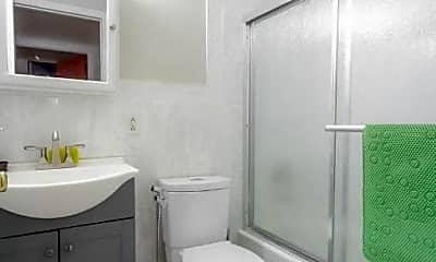 Bathroom, 109 16th St, 2