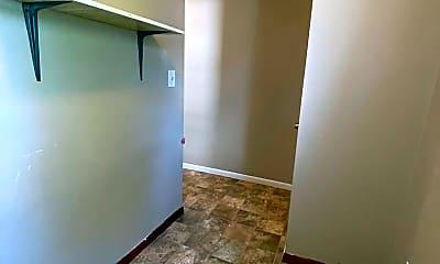 Kitchen, 400 Council St, 2