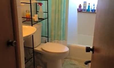 Bathroom, 1506 Morrison St, 2