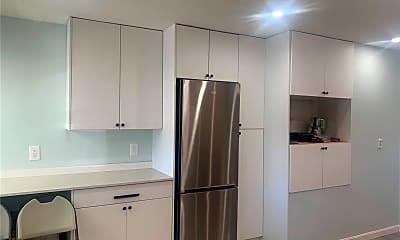 Kitchen, 1193 E 56th St 2, 1