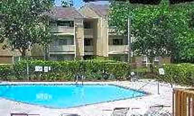 Lake Woodard Apartment Homes, 2