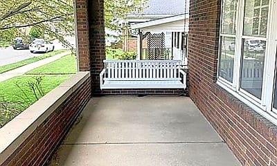 Patio / Deck, 2024 Crawford St, 1