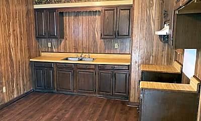Kitchen, 204 Arpent St, 2