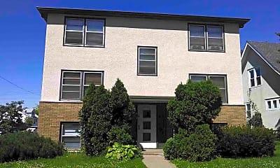 Building, 3501 N Fremont Ave, 2