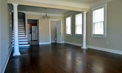 Living Room, 608 Florida Blvd B, 1