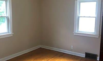 Bedroom, 2018 Maple Ave NE, 1