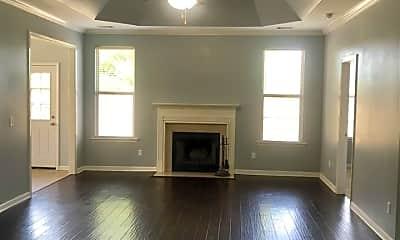 Living Room, 1223 Washington Dr, 1