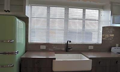Kitchen, 210 Ocean Breeze, 2