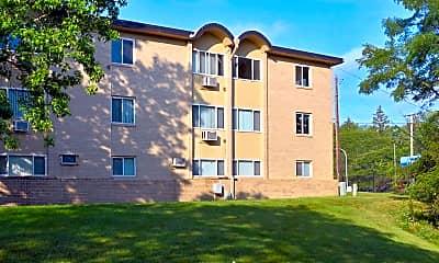 Building, Hidden Creek Apartments, 0