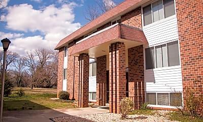 Building, Peakland Apartments, 0