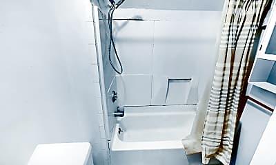 Bathroom, 18 Greylock Road, #3, 2