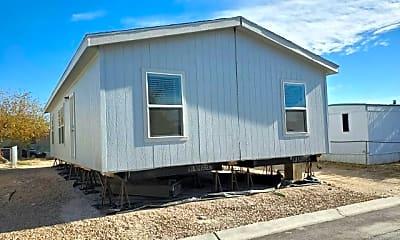 Building, 3401 N Walnut Rd 291, 2