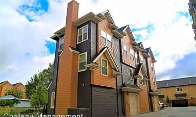 Building, 2111 NW Janssen St, 2
