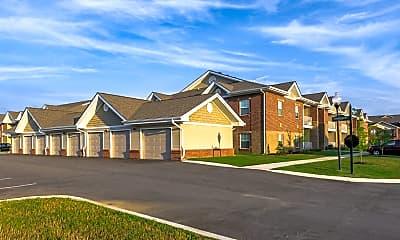 Building, Valley Farms Apartments, 2