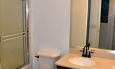 Bathroom, 140 W Douglas Ave, 2