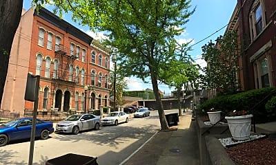 Building, 432 Hopkins St 7, 1