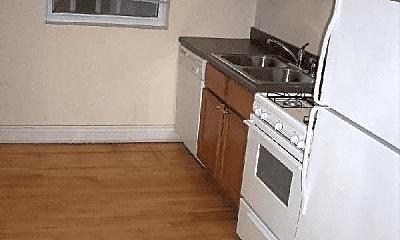 Kitchen, 5280 N Leavitt St, 1