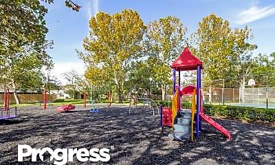 Playground, 1082 Beckstrom Drive, 2