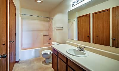 Bathroom, Northern Bluffs, 2