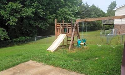 Playground, 2709 Knob Ct, 2