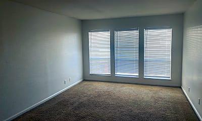 Living Room, 2838 Loveland Dr, 1