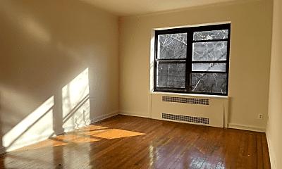 Living Room, 68-36 108th St, 2