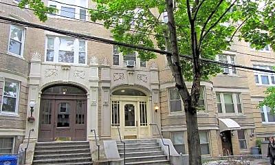 Building, 12 Fuller St, 2
