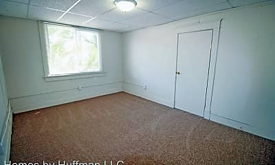 Bedroom, 1018 Washington Ave, 1