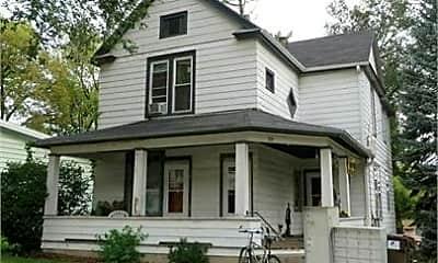 Building, 319 N 1st St, 0