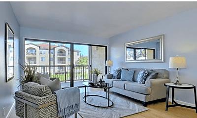 Living Room, 38780 Tyson Ln, 1