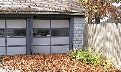 Building, 2233 Buchanan Ave SW, 2